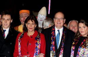 Stéphanie de Monaco : Soirée en or au cirque avec Albert, Louis et Camille