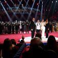 Le prince Albert II de Monaco et la princesse Stéphanie de Monaco avec le duo Sky Angels - Soirée de gala du 41ème festival du cirque de Monte-Carlo à Monaco, le 24 Janvier 2017. © Manuel Vitali/Centre de Presse Monaco/Bestimage