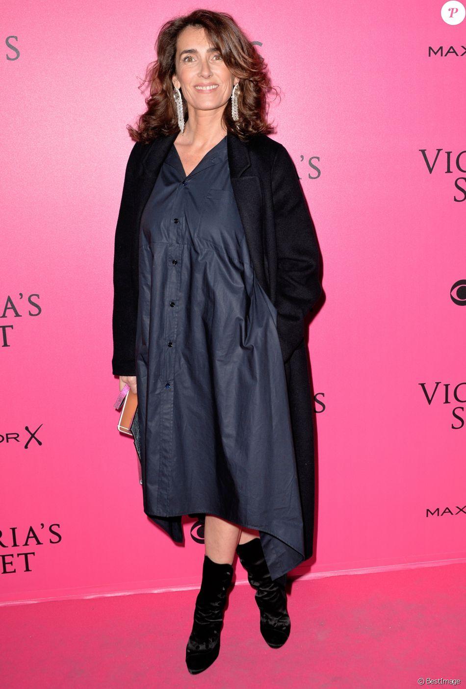 Mademoiselle Agnès (Agnès Boulard) lors du photocall du Victoria's Secret Fashion 2016 au Grand Palais à Paris, France, le 30novembre 2016. © BOV/Bestimage