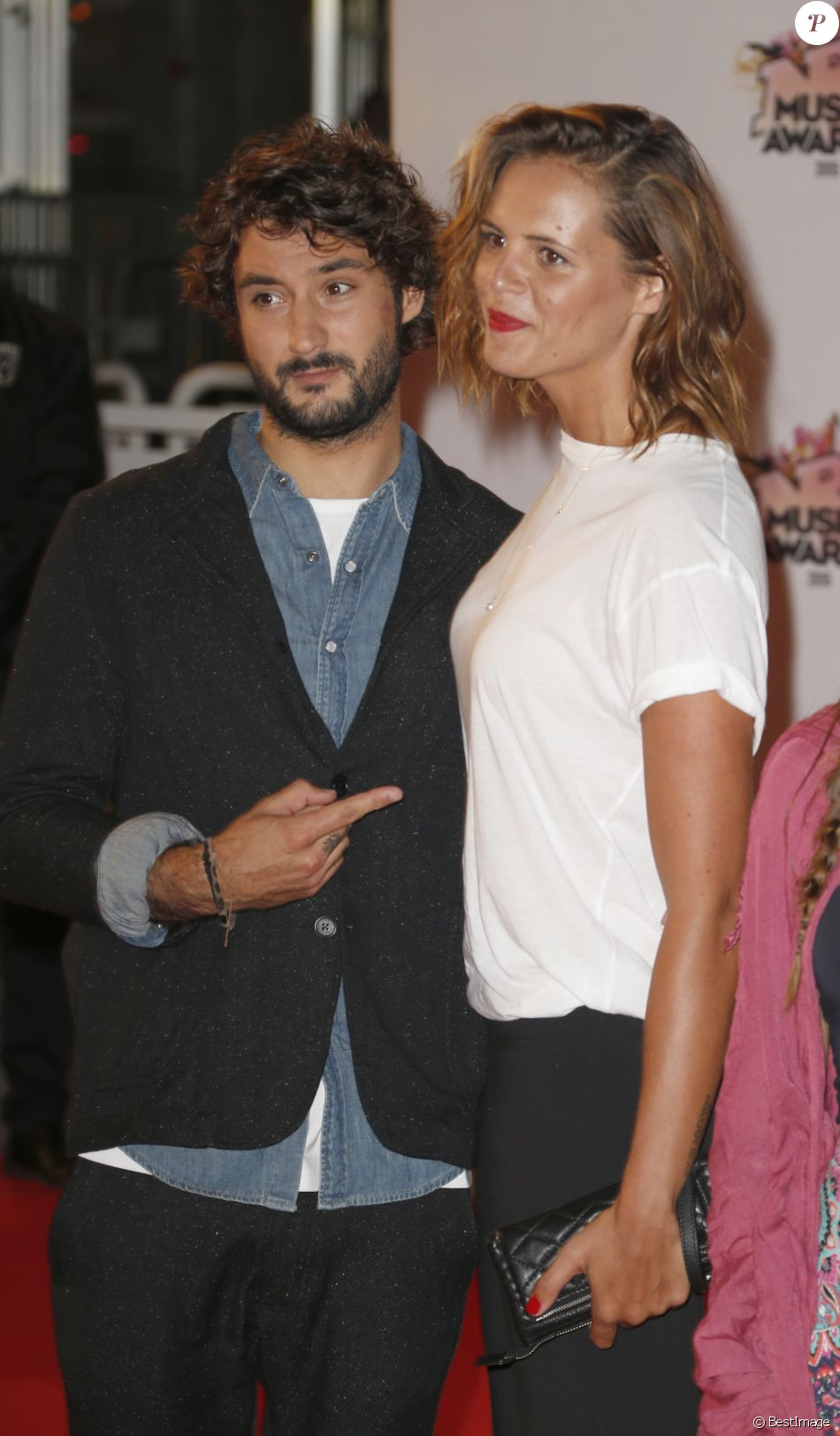 Laure Manaudou et son compagnon Jérémy Frérot à la 17ème cérémonie des NRJ Music Awards le 7 novembre 2015.