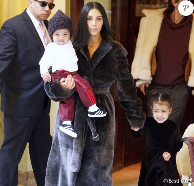 Kim Kardashian est allée déjeuner au restaurant Cipriani avec ses enfants North, Saint et son meilleur ami Jonathan Cheban à New York. Le 1 er février 2017
