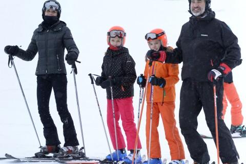 Letizia et Felipe VI d'Espagne, des parents ravis au ski avec Leonor et Sofia