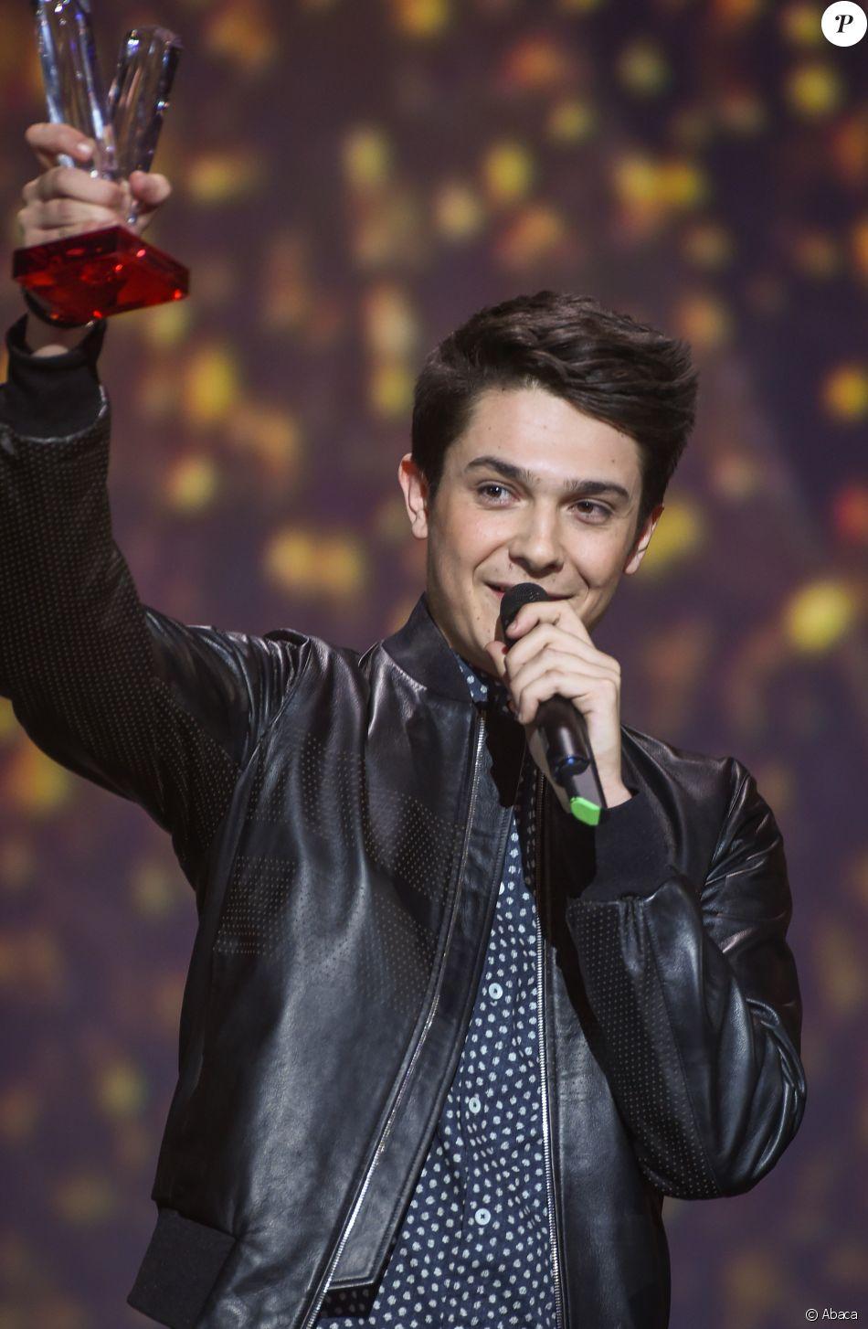 Kungs (Valentin Brunel), 20 ans, a reçu le 10 février 2017 la Victoire de la Musique de l'album de musique électronique ou dance lors de la 32e édition de la cérémonie.