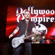 Johnny Depp en concert avec Alice Cooper avec son groupe The Hollywood Vampires Coney Island, le 10 juillet 2016.