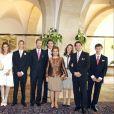 Photo de famille lors du mariage du prince Louis et de la princesse Tessy de Luxembourg, en septembre 2016. Louis et Tessy ont annoncé en janvier 2017 leur divorce, prononcé moins d'un mois après à Londres.