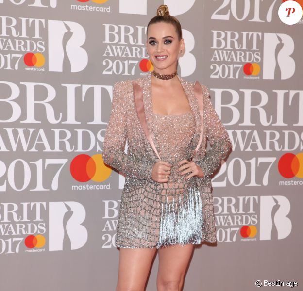 "Katy Perry au Photocall des ""Brit Awards 2017"" à Londres. Le 22 février 2017"