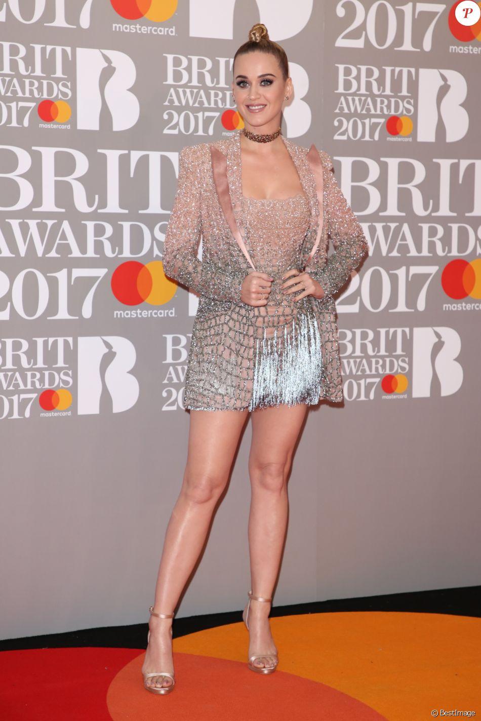 """Katy Perry au Photocall des """"Brit Awards 2017"""" à Londres. Le 22 février 2017"""