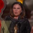 Colleen Atwood remporte son 4e Oscar pendant la cérémonie des Oscars 2017.