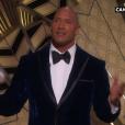 Dwayne Johnson pendant la cérémonie des Oscars 2017.