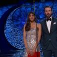 Sofia Boutella et Chris Evans pendant les Oscars 2017.
