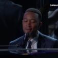 John Legend joue les deux chansons originales de La La Land aux Oscars 2017.