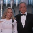 Warren Beaty et Faye Dunaway réunis pour remettre l'Oscar du meilleur film.