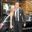 David Trezeguet et sa femme Beatriz (Beatrice) lors de l'inauguration d'une boutique Dsquared à Milan en septembre 2007.