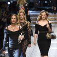 """Andrea Dellal, Alice Dellal et Charlotte Dellalau défilé de mode prêt-à-porter automne-hiver 2017/2018 """"Dolce & Gabbana"""" à Milan, le 26 février 2017."""