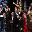 Jordan Horowitz, producteur de La La Land, au coeur du chaos avec l'équipe du film, annonce Moonlight lauréat de l'Oscar du meilleur film.
