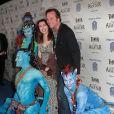 """Bill Paxton et sa femme Louise Newbury lors photocall du spectacle du Cirque du Soleil """"Toruk Le Premier Envol"""" inspiré du film de James Cameron """"Avatar"""" au Staples Center à Los Angeles, Californie, Etats-Unis, le 11 novembre 2016. © AdMedia/Zuma Press/Bestimage"""