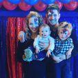 Photo de Michael Bublé, Luisana Lopilato et leurs deux garçons. Octobre 2016.