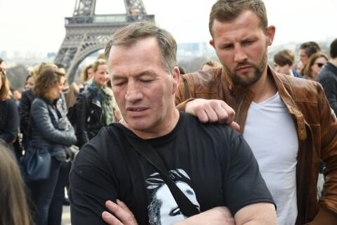 Dropped : Deux ans après le drame, les proches des victimes réunis au Trocadéro