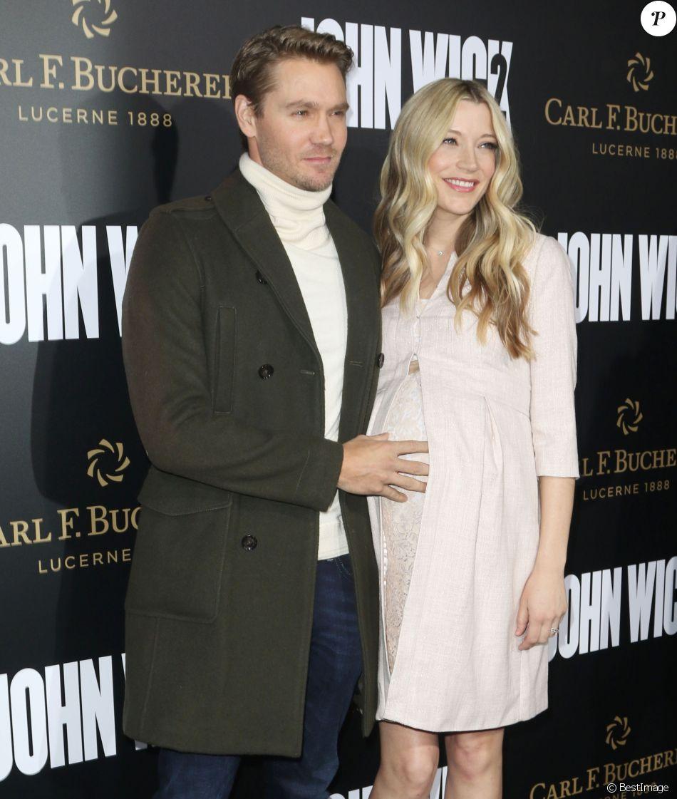 Chad Michael Murray et sa femme Sarah Roemer enceinte à la première de ''John Wick Chapter Two'' au théâtre Arclight à Hollywood, le 30 janvier 2017.