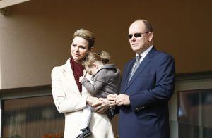 Charlene et Albert de Monaco: Gabriella, leur petit ange, blottie contre sa mère