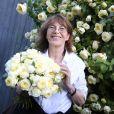 """Jane Birkin a désormais une rose à son nom, le """"Rosier Jane Birkin"""" présenté par Delbart Amnesty International au jardin des Tuileries à Paris le 4 Juin 2015."""