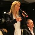 """Tiphaine Auzière, belle-fille d'Emmanuel Macron, lors d'une réunion publique de son comité de soutien au mouvement """"En marche"""" de l'époux de sa mère, Brigitte Macron. Au Touquet, le 25 novembre 2016."""