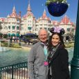 Teri Hatcher et son père Owen à Disneyland Paris. Instagram, mars 2017.