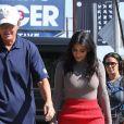 """Kim Kardashian et Bruce Jenner sur le tournage de leur émission de télé réalité """"Keeping Up With The Kardashian"""" à Los Angeles, le 20 octobre 2014"""
