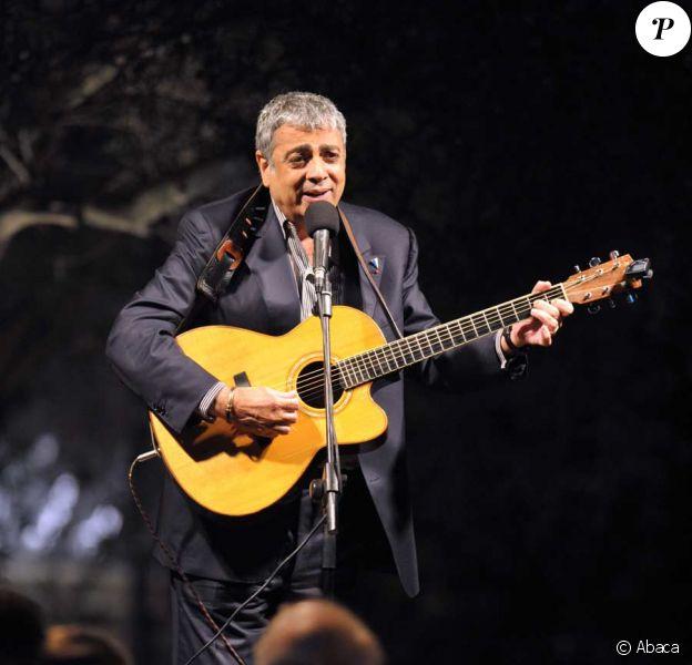 Enrico Macias en concert lors de la visite d'Etat en Israël en juin 2008