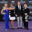 David Hasselhoff avec sa compagne Hayley Roberts et ses filles Taylor et Hayley- Avant-première des Gardiens de la galaxie 2 à Los Angeles, le 19 avril 2017.