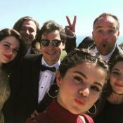 """Selena Gomez : Glamour au mariage de son """"frère"""" David Henrie et sa Miss"""