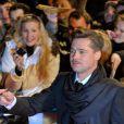 Angelina Jolie et Brad Pitt on ne peut plus glamour hier soir à Berlin, lors de la première du film The Curious Case of Benjamin Button