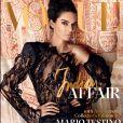 Kendall Jenner en couverture du nouveau numéro de Vogue India. Photo par Mario Testino.