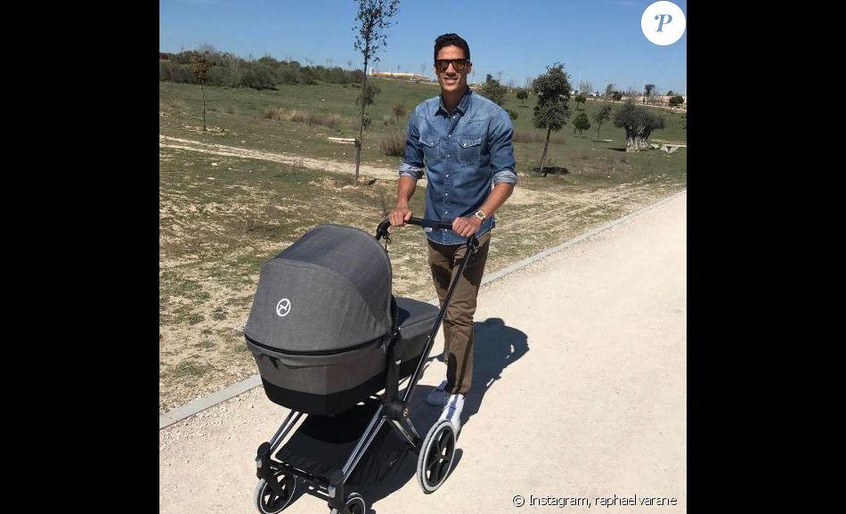 Rapha l varane en balade avec son fils photo post e sur sa page instagram en avril 2017 - Raphael de casabianca et sa femme ...