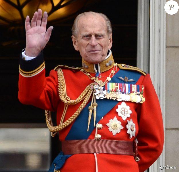 La reine Elizabeth II et le prince Philip, duc d'Edimbourg, lors de la parade Trooping the Colour en juin 2012.