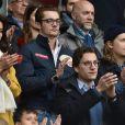 Louis Sarkozy avec une amie, Jean Sarkozy et Pierre Sarkozy - Célébrités dans les tribunes du parc des princes lors du match de football de ligue 1 PSG-Bastia le 6 mai 2017.