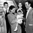 Henry Fonda, sa femme et leurs enfants Jane, Peter et Amy
