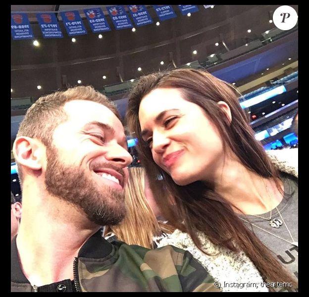 Le danseur Artem Chigvintsev et sa chérie Torrey DeVitto très amoureux au mois de mars 2017 - Photo publiée sur Instagram