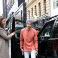 Liam Payne arrive aux studios de la Capital Radio à Londres, le 4 mai 2017 au volant des a voiture. Il porte un bonnet. © CPA/Bestimage
