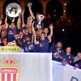 Le prince Albert II de Monaco et Dmitri Rybolovlev ont pu fêter avec les joueurs de l'AS Monaco le titre et le trophée de champion de France décerné au terme de la victoire (2-0, contre l'AS Saint-Etienne) le 17 mai 2017 au Stade Louis-II © Bruno Bebert/Bestimage
