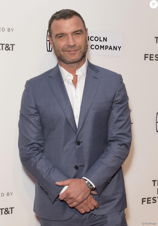 Liev Schreiber à la première de Unbreakable Kimmy Schmidt lors du Festival du Film de Tribeca 2017 à New York, le 28 avril 2017
