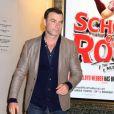Liev Schreiber signe des autographes à la sortie de sa pièce de théâtre 'Les Liaisons Dangereuses' à New York, le 15 octobre 2016