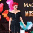 Cara Delevingne sur la plage Magnum Cannes à Cannes, le 18 mai 2017.