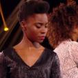 """Ophée contre Ann-Shirley dans """"The Voice 6"""", le 15 avril 2017 sur TF1."""