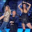Arthur, Clara Morgane et Leila Ben Khalifa sur le plateau de  Vendredi tout est permis  sur TF1, vendredi 19 mai 2017.