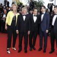"""Emma Thompson, Dustin Hoffman, Ben Stiller, Noah Baumbach, Adam Sandler - Montée des marches du film """"The Meyerowitz Stories"""" lors du 70ème Festival International du Film de Cannes. Le 21 mai 2017. © Borde-Jacovides-Moreau/Bestimage"""