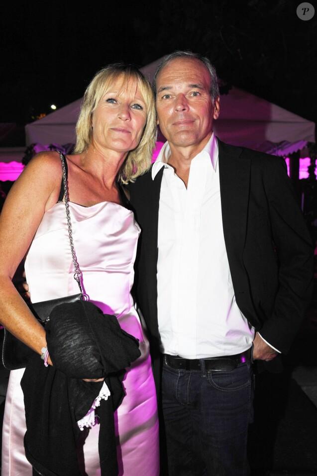 EXCLUSIF - Laurent Baffie et sa femme au mariage entre Jean-Marie Bigard et Lola Marois au Café Barge à Paris, le 3 septembre 2011.