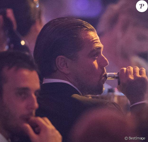 """Leonardo DiCaprio - Vente aux enchères lors de la soirée """"24th edition of AmfAR's Cinema Against AIDS"""" Gala à l'Eden Roc au Cap d'Antibes le 25 mai 2017 lors du 70ème Festival International du Film de Cannes. © Borde-Jacovides-Moreau/Bestimage"""