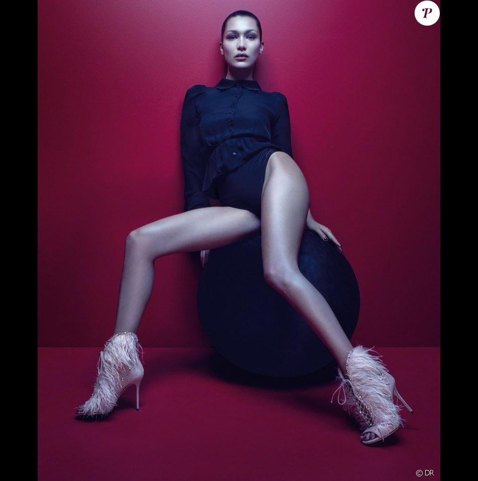 Bella Hadid apparaît sur la nouvelle campagne publicitaire (saison automne 2017) de Giuseppe Zanotti. Photo par Mario Sorrenti.