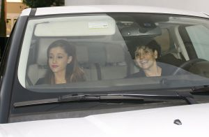 Ariana Grande : Après l'attentat, sa mère Joan délivre un message poignant